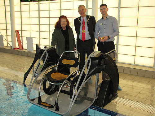 pool-pod-with-councillors.jpg